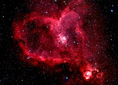 Hubble coeur rouge