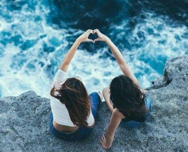 Amies océan coeur