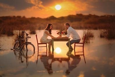 Amour eau soleil air couple