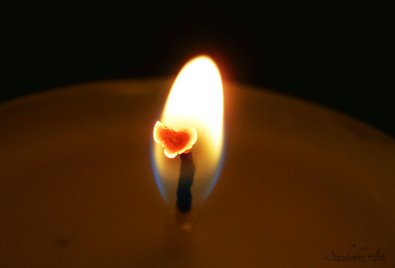 candle_heart_by_sandrahm-d3ercuw