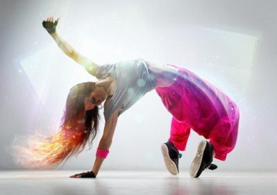 Girl-Breakdance-Desktop-Wallpapers-1024x662