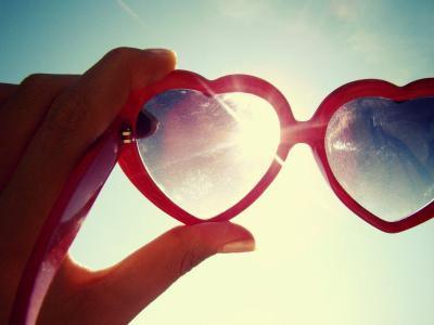 Lunettes rouges coeur