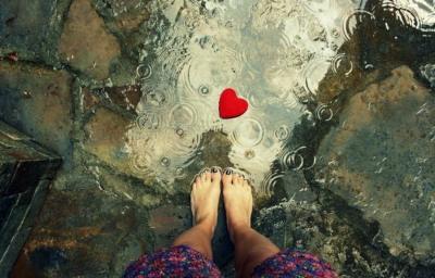 Coeur pluie pied