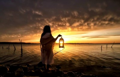 soleil-lanterne-femme